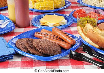 alimento, verano, picnic, mesa cargada