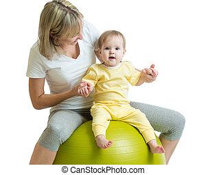 alkalmasság labda, anya, gyermek