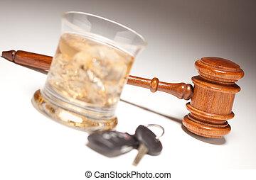 alkoholista, &, kulcsok, autó, ital, árverezői kalapács