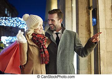 allegro, coppia, shopping, insieme, fuori