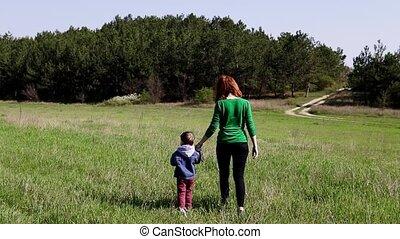 aller, garçon, petite mère, champ