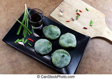 Allium Tuberosum pastry steaming