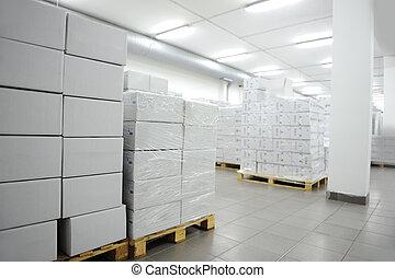 almacén, muchos, interior, moderno, cajas