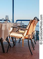 almofadado, jantar, cadeiras, em, um, luxo, restaurante, negligenciar, a, tropicais, mar