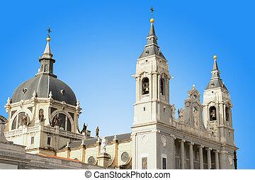 almudena, catedral