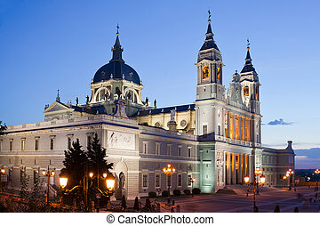 Almudena cathedral at Madrid in night - Night view Santa...