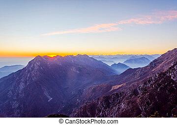 alpi italiane, in, tramonto