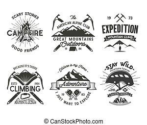 alpinism, vecchio, letterpress, casco, alpinismo, tesserati magnetici, design., stile, camicia, vendemmia, set., -, retro, logotipo, ingranaggio, carabiner, effetto, campfire., rampicante, illustration., vettore, t, emblems., arrampicarsi