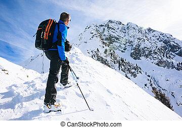 alpiniste, hiver, mountai, repos, regarder, vacation:, prend