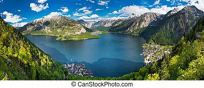 Alps mountains in Hallstatt, Austria