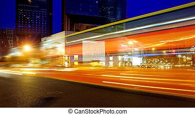 alta velocidade, veículos, ligado, urbano, estradas, à noite