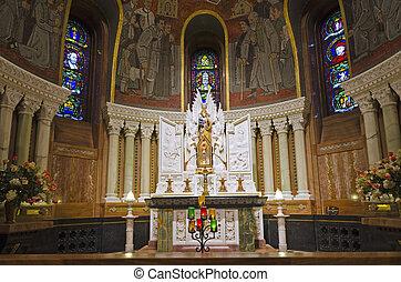 Altar of basilica Sainte-Anne de Beaupre