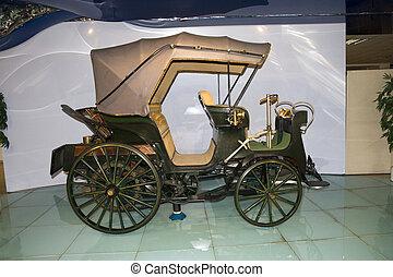 altes , antikes auto, museum ausstellung
