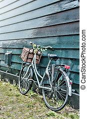 altes , dekoriert, blumen, fahrrad
