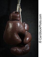 altes , gebraucht, boxhandschuhe, hängender , vorher, a, dreckige , wand
