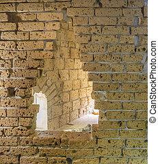 altes , gelbe ziegelstein wand, ruinen, mit, a, groß, loch, öffnung, hintergrund, beschaffenheit