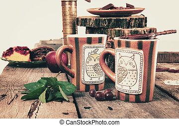 altes , hölzern, tee, retro, tisch, sieb, tassen