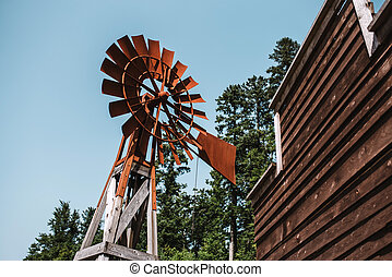 altes , rostiges , windmühle