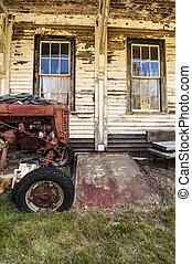 altes , traktor, auf, a, bauernhof
