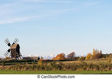 altes , windmühle, in, ein, herbstlich, landschaftsbild