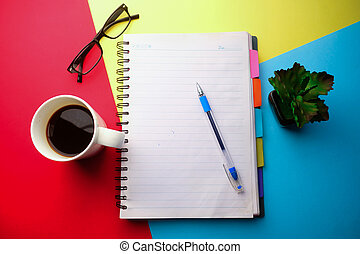 alto, blocco note, fondo, vista, angolo, tè, penna, aperto, colorare