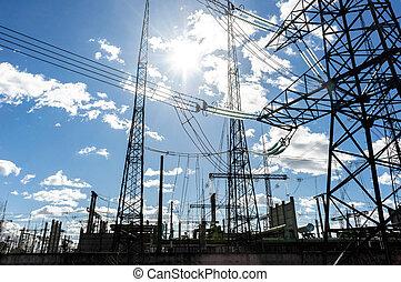 alto voltaje, torres eléctricas, contra, cielo
