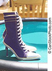 alto, zapatillas, tacón