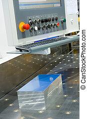 aluminum sawing