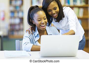 américain africain, collège, filles, portable utilisation, informatique