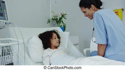 américain, africaine, docteur, vue, patient, teddy, 4k,...