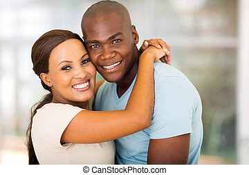 américain, afro, couple étreindre