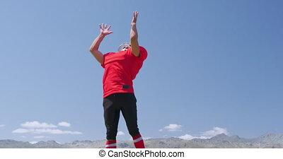 américain, balle, attrape football, joueur, sauter