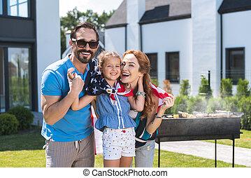 américain, barbeque, avoir, famille, heureux