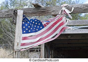 américain, déchiré, drapeau, lambeaux
