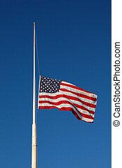 américain, mât, drapeau, moitié