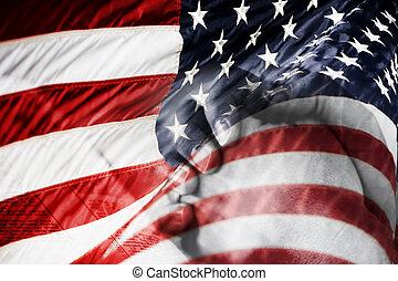 américain, prier, drapeau, mains