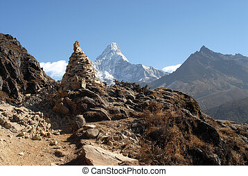 Ama Dablam and other peaks