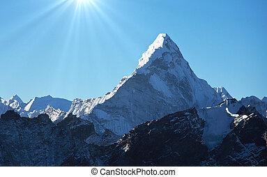 Himalaya - Ama Dablan Mountains in Sagarmatha region, ...