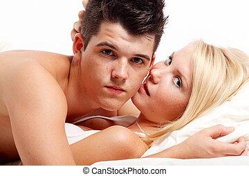 amando, carinhoso, par heterossexual, ligado, bed.