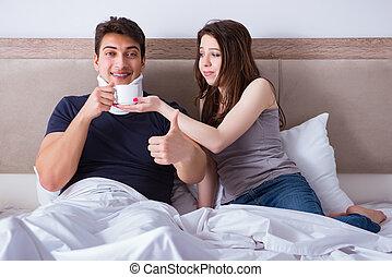 amando, esposa, cuidando, ferido, marido, cama