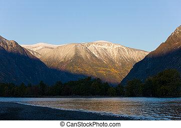 amanecer, en, un, montaña