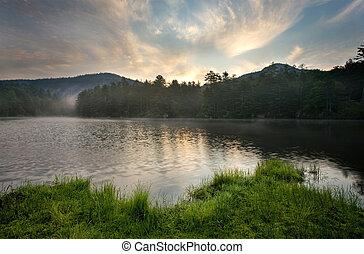 amanhecer, sobre, lago montanha