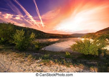 amanhecer, sobre, lago, somewhere, em, crimea, ucrânia