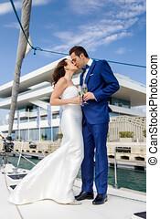 amantes, sailboat., cubierta, pareja, casado, vidrio,...