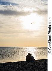 amanti, a, tramonto, spiaggia