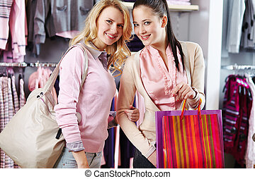 amanti, shopping