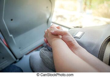 amants, couple, ensemble, main, bus., tenue, temps, premier