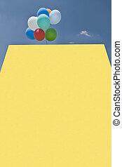 amarela, balões, sinal, em branco
