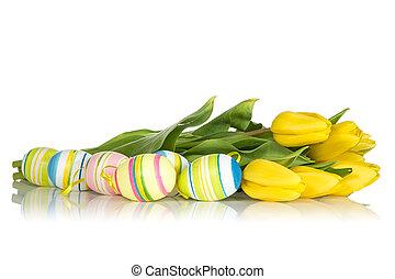 amarela, tulips, e, ovos páscoa