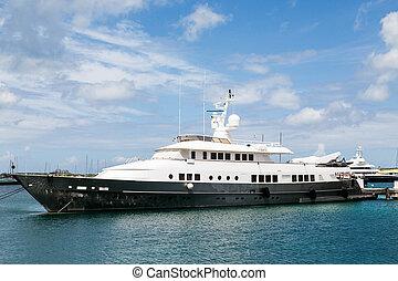 amarré, vieux, port, yacht, noir, blanc
